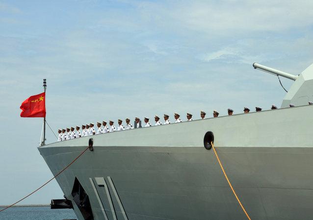 Haikou, destructor portamisiles de la Marina China