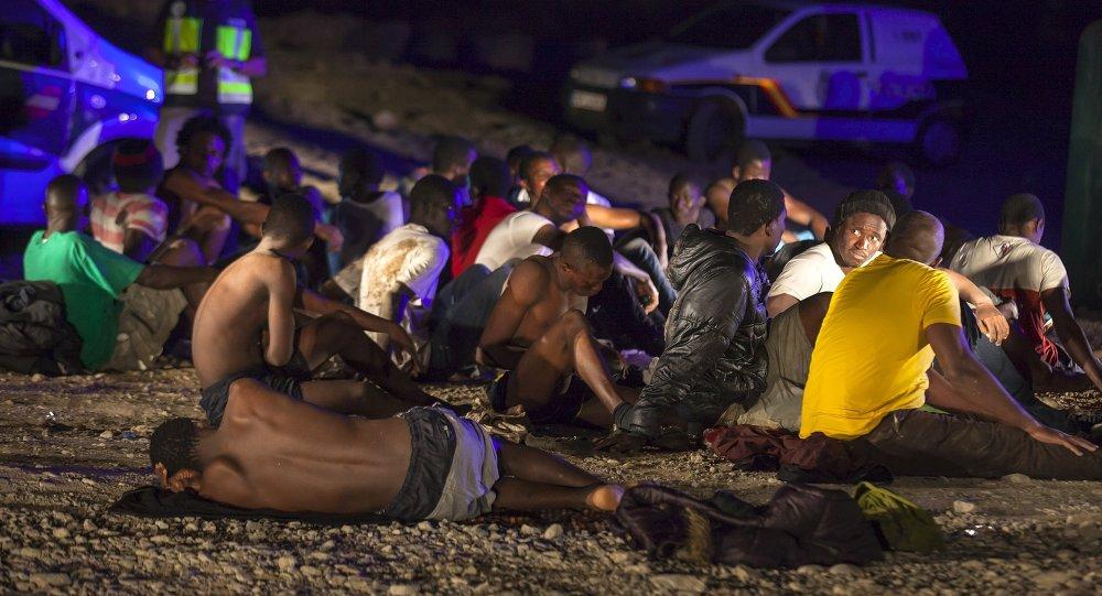 Migrantes africanos en las Islas Canarias