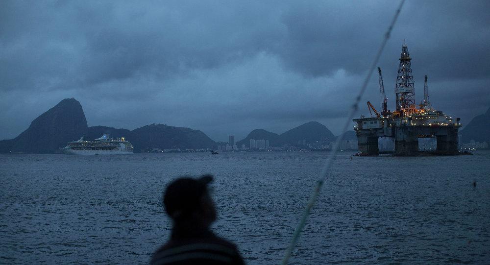 Una platforma petrolera en la bahía de Guanabara