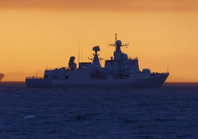 Destructor chino Shenyang durante las maniobras Cooperación Naval 2015
