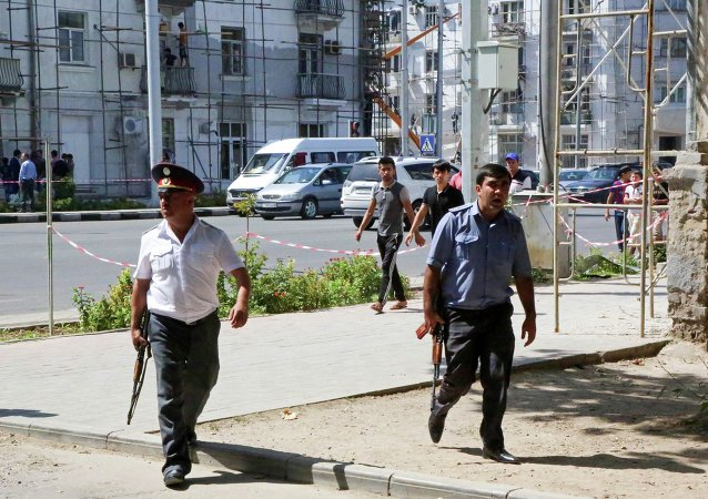 Policía patrulla las calles de Dusambé tras ataques armados del viernes y el sábado