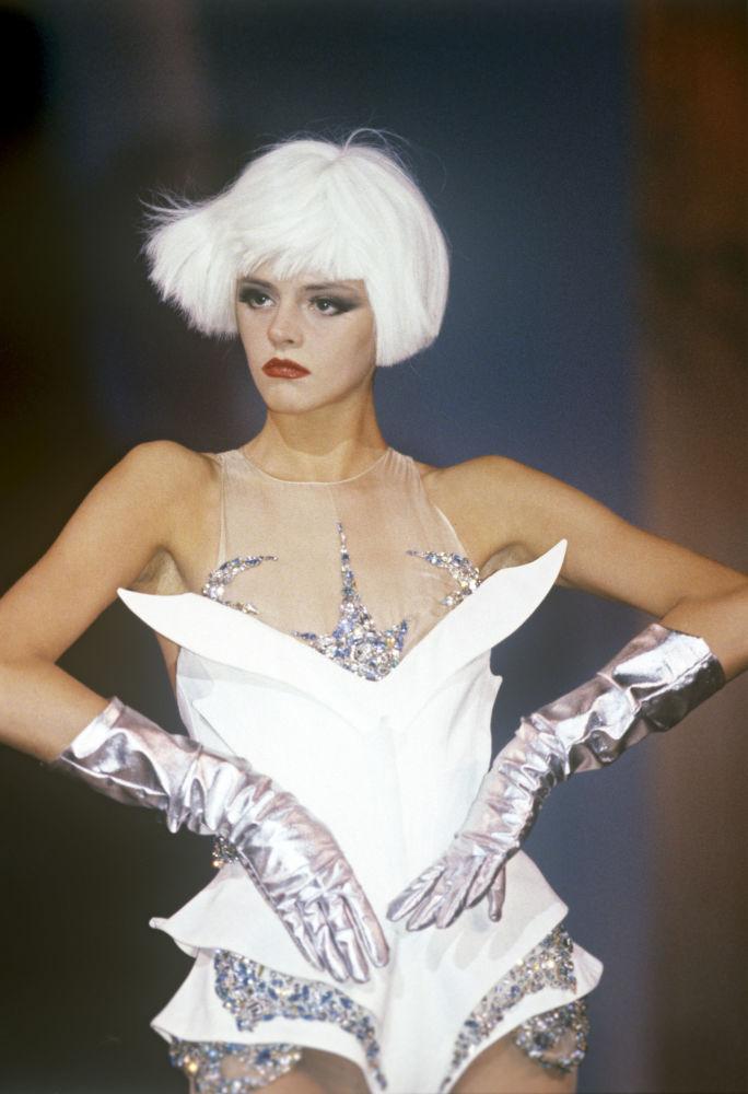 La vencedora del concurso Supermodelo URSS 90, Elena Vozniakova, solo tenía 19 años