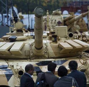 Abre la exposición Russia Arms Expo-2015