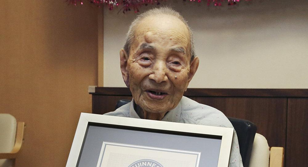 Yasutaro Koide, el hombre más viejo del mundo