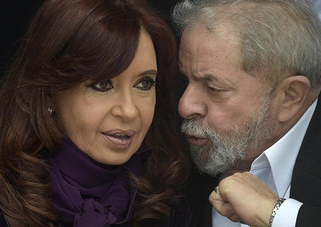 La presidenta de Argentina, Cristina Fernández de Kirchner, y el exmandatario de Brasil, Luiz Inácio Lula da Silva