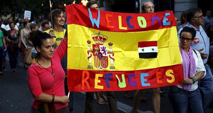 Miles de personas apoyan en España la acogida de los refugiados
