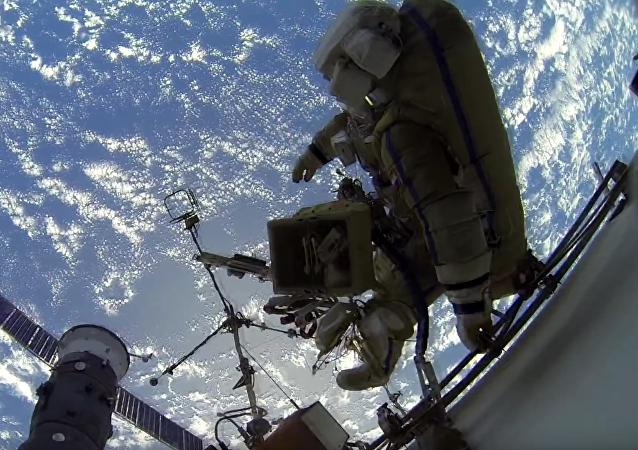 Un paseo espacial de primera mano
