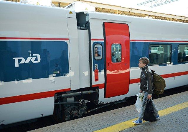 Un tren en Moscú