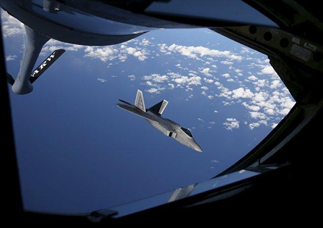 Caza F-22 Raptor (archivo)