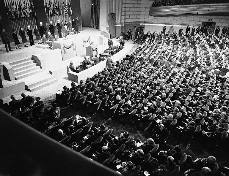 Alocución de Harry Truman, presidente de EEUU, abre el primer pleno de la ONU en San Francisco. 25 de abril de 1945