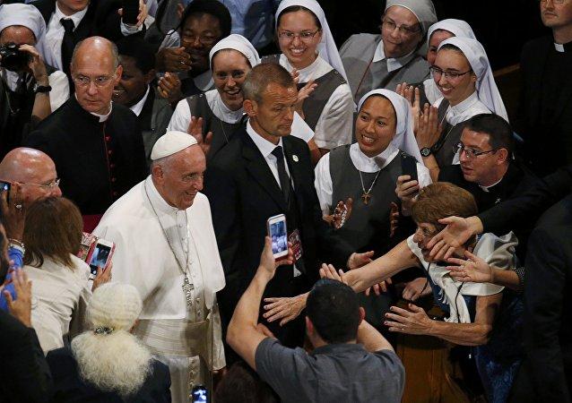 Papa Francisco en La Basílica del Santuario Nacional de la Inmaculada Concepción