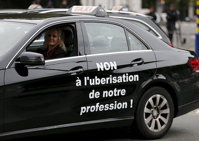 Bruselas prohíbe Uber