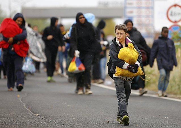 Serbia se ofrece al reparto de refugiados