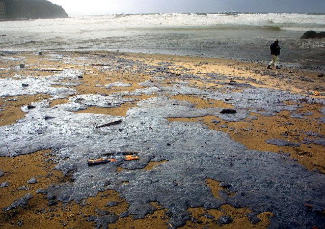 Playa de Bakio afectada por la catástrofe, el País Vasco, España (archivo)