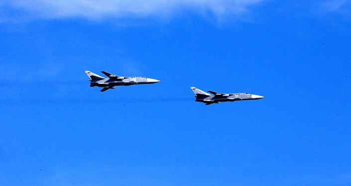 Bombarderos tácticos rusos Su-24