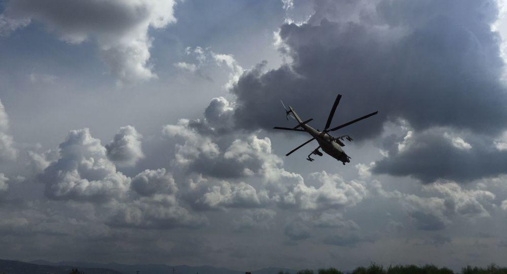 Un helicóptero en Siria (ilustración)