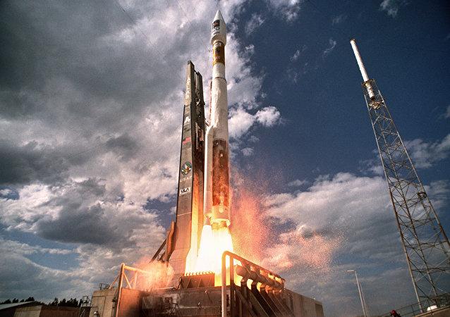 Cohete Atlas V (archivo)