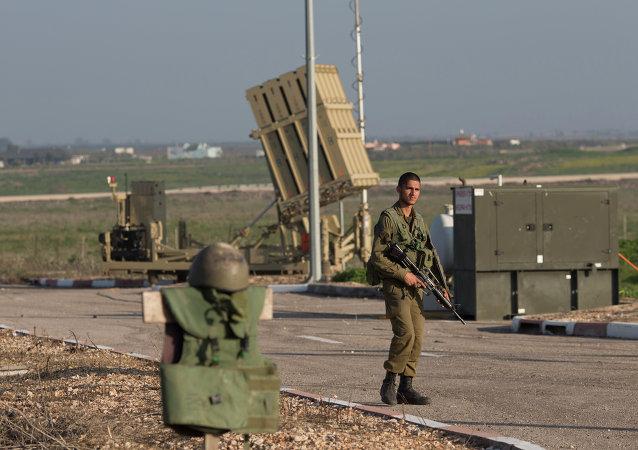 Soldado israel'i en los Altos del Golán, 20 de enero de 2015
