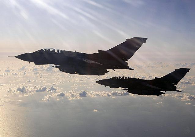 Cazas Tornado de la Real Fuerza Aérea (RAF) británica