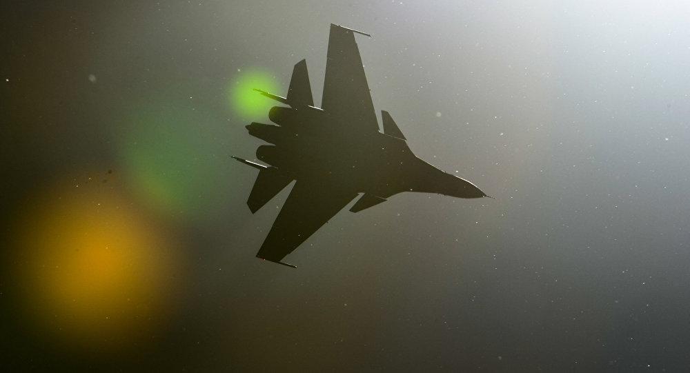 Caza Sukhoi Su-30