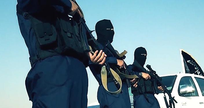 Militantes del grupo terrorista Estado Islámico