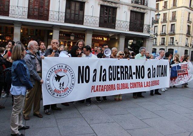 Protesta contra la guerra en Siria en Madrid