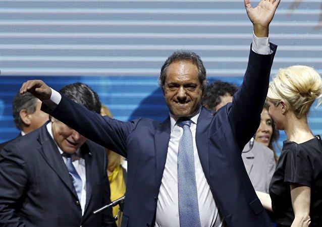 Daniel Scioli, candidato presidencial del gobernante Frente para la Victoria (FpV) de Argentina
