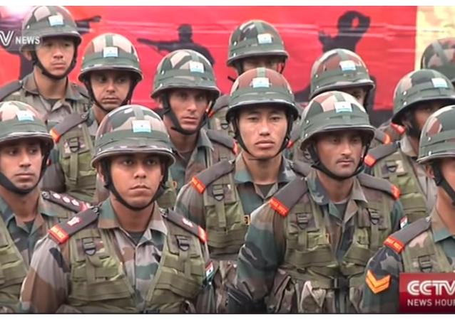Maniobras militares conjuntas de la India y China