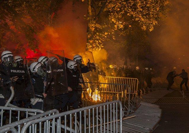 Primer ministro de Montenegro acusa a Rusia de organizar protestas antigubernamentales