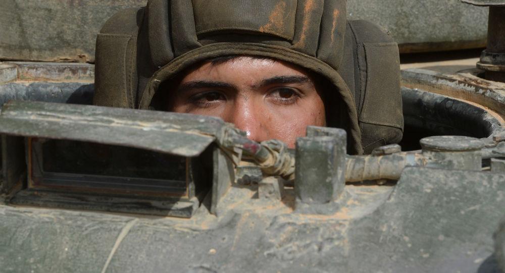 Soldado del ejército sirio