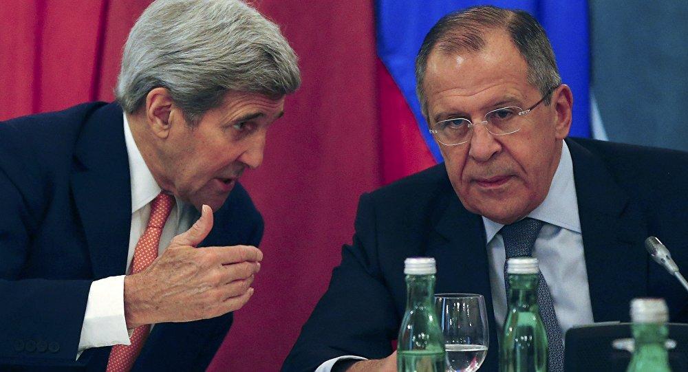 Secretario de Estado de EEUU, John Kerry, y ministro de Asuntos Exteriores ruso, Serguéi Lavrov