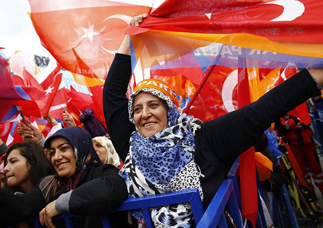 Seguidores del partido en el Gobierno de Turquía, Partido de la Justicia y el Desarrollo