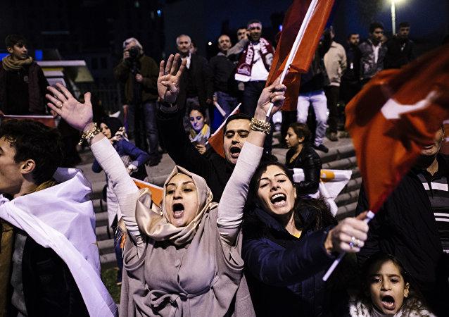 Seguidores del gobernante Partido de la Justicia y el Desarrollo (AKP)