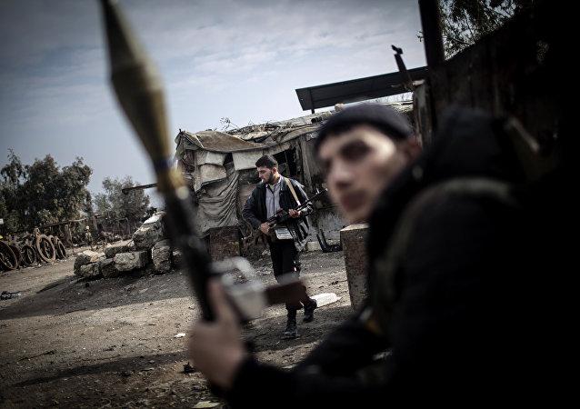 Combatientes del Ejército Libre Sirio en Alepo (Archivo)