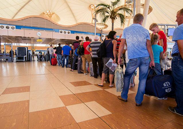 Pasajeros en el aeropuerto de Sharm el Sheikh