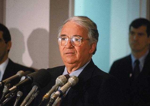 Belisario Betancur, ex presidente de Colombia, en 1985