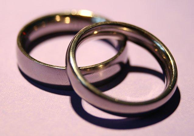Congreso de Guatemala eleva de 14 a 18 años la edad para casarse