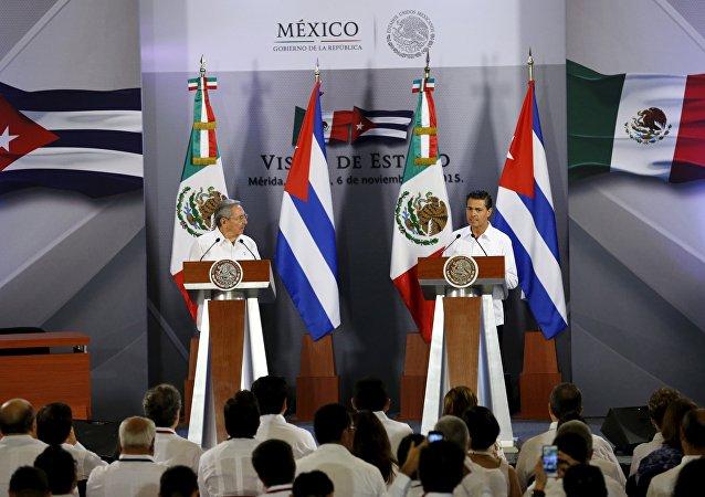 Presidente de Cuba Raúl Castro y presidente de México Enrique Peña