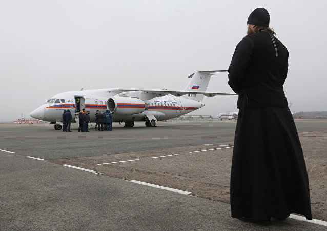 Cuerpos de los pasajeros del A321 siniestrado en Egipto llegan al aeropuerto Púlkovo