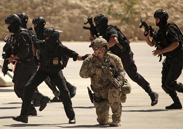 Fuerzas especiales de Irak, EEUU y Jordania conducen ejercicios conjuntas en Amán, Jordania