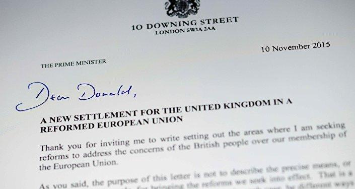 Carta del primer ministro británico David Cameron al presidente del Consejo Europeo Donald Tusk con la lista de exigencias para frenar el 'Brexit'