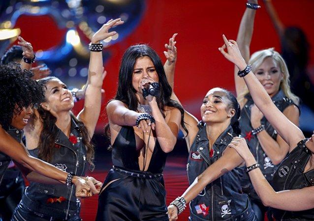 Selena Gomez durante una presentación en 2015 (archivo)