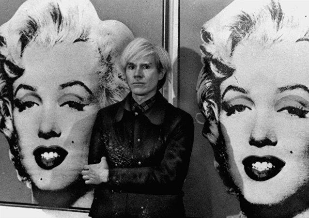 El pintor estadounidense Andy Warhol (archivo)