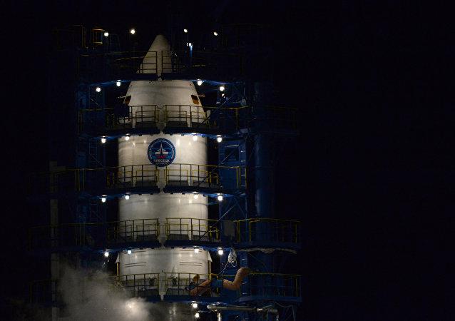 El cohete espacial de clase Soyuz-2.1b (archivo)