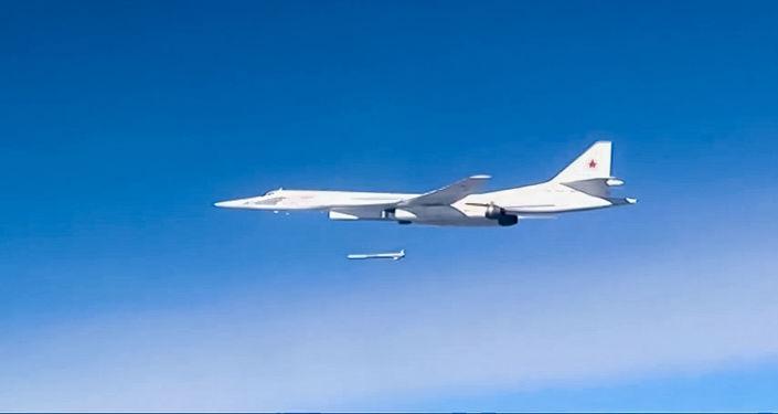 Ataques de la aviación estratégica rusa contra el Estado Islámico