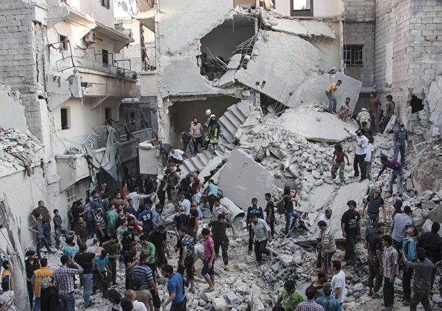 Lugar de explosión de un bomba de barril en la ciudad de Alepo