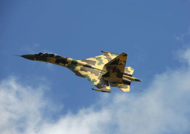 El caza polivalente Sukhoi Su-35