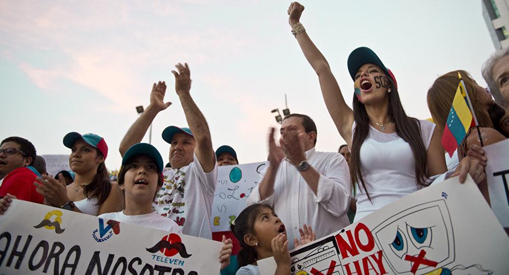 Partidarios de Leopoldo López en Chile