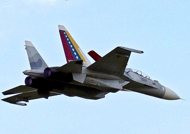 Avión Su-30 de la Aviación Militar de Venezuela