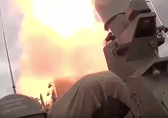 Flotilla del Caspio lanza 18 misiles de crucero contra terroristas en Siria